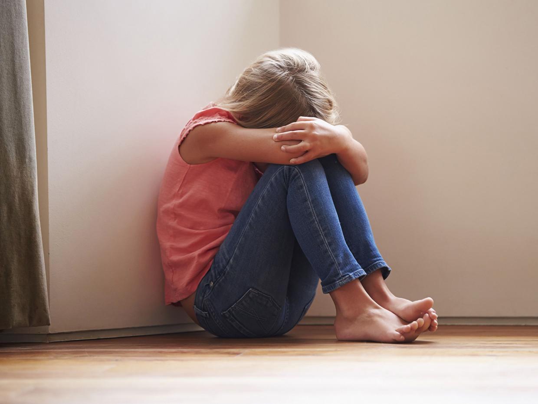 несчастная девочка
